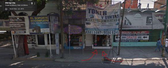 Ya sé que dice Toner y tintas, no estoy ciego, esto en Miramontes, no vayan.